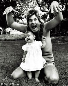 Lemmy Kilmister and Ozzy Osbourne. Photo by Mark Weiss Ozzy Osbourne Black Sabbath, Ozzy Osbourne Family, Ozzy And Sharon, Bad Father, Fathers, Tumblr, Rare Photos, Reality Tv, Beautiful Celebrities