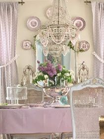 Maison Decor: Wallpapering the dining room, Rustic French Chateau style and Monet's Water Lilies Shabby Chic Dining Room, Shabby Chic Fabric, Vintage Shabby Chic, Shabby Chic Decor, Dining Rooms, My French Country Home, Rustic French, Vintage Light Fixtures, Vintage Lighting