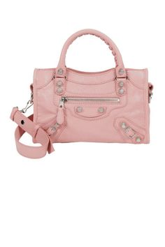 The perfect transitional shade: pale pink Balenciaga bag