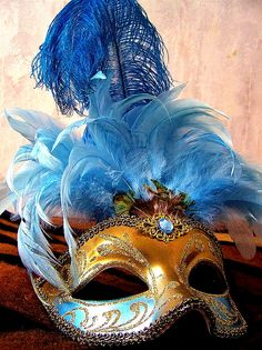 MARDI GRAS MASK (view picture only)