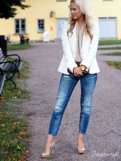 Classy outfit with boyfriend jeans