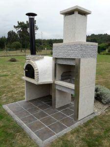 Nuevo montaje de uno de nuestros hornos de barro de Pereruela. Montaje de horno con barbacoa a nuestro cliente y amigo Tomás en la localidad de Luanco, Asturias.