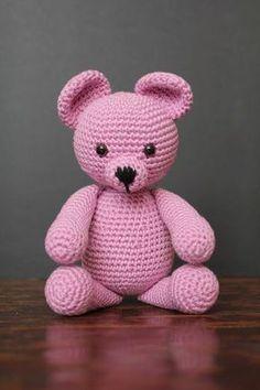 Häkeln Sie Bär - crochet stuff dolls & bears - Leads For Amigurumi Knitted Teddy Bear, Crochet Teddy, Crochet Bear, Crochet Patterns Amigurumi, Cute Crochet, Baby Knitting Patterns, Amigurumi Doll, Crochet Dolls, Bear Doll