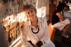 """O projeto """"Atlas of Beauty"""" de Mihaela Noroc, nos incentiva à olharmos além e inspira todas as mulheres à serem autênticas, manterem suas origens e culturas. http://lounge.obviousmag.org/com_cafe/2015/08/beleza-feminina.html"""