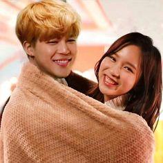 Shipping them so hard Kpop Couples, Cute Couples, Bts Twice, Bts Girl, Myoui Mina, Bts Jimin, Fanart, Bangs, Idol