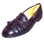 #leatherloafers #leathershoes #sliponshoes #dressshoes #oxfords #tasselloafers #kiltie #boatshoes #casualshoes #walkingshoes #athleticshoes