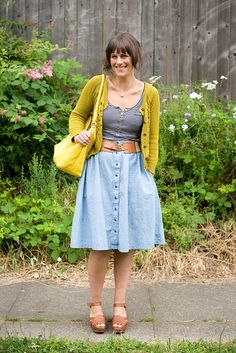 I could easily find an 80's button down jean dress at the D.I. and turn it into this skirt!