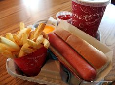 Disney Food for Families: Great Disney World Restaurants for Boys | the disney food blog
