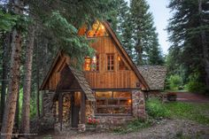 bluepueblo:  Forest Cabin, Aspen, Colorado photo via carrie