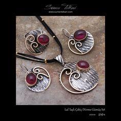 Lal Taşlı Çekiç Dövme Gümüş Set  https://www.sumertelkari.com/urun/lal-tasli-el-yapimi-tasarim-gumus-set-1739  #sumertelkari #gumusset #elyapimi #indirim #hediyelik #alisveris #moda #lal #cekicdovme