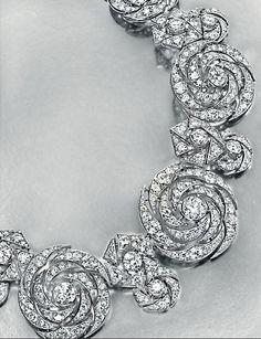 Lot 230 - An Elegant Diamond Necklace, by Cartier Modern Jewelry, Vintage Jewelry, Fine Jewelry, Antique Jewelry, Diamond Pendant Necklace, Diamond Jewelry, Diamond Necklaces, Emerald Pendant, Fashion Necklace