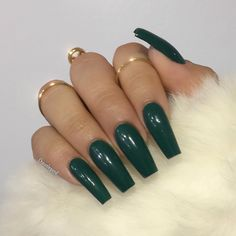 day nails acrylic square 50 Elegant Emerald Christmas Green Nail Designs You Shoud Do For The Coming Valentine's Day - Page 41 of 50 - Cute Hostess Green Nail Designs, Simple Nail Designs, Holiday Nails, Christmas Nails, Green Christmas, Elegant Christmas, Prom Nails, Long Nails, Short Nails