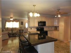 BEAUTIFULLY RENOVATED! GREAT KERNERSVILLE LOCATION!  110 Roswell Dr, Kernersville, NC 27284