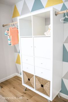 Most recent Pics Twin boys & # Wardrobe - a hack of IKEA KALLAX - # . Popular The IKEA Kallax series Storage furniture is an important section of any home. Ikea Closet Hack, Ikea Hack Storage, Ikea Kallax Shelf, Ikea Kallax Hack, Closet Hacks, Ikea Hackers, Closet Organization, Ikea Kallax Nursery, Ikea Wardrobe Hack