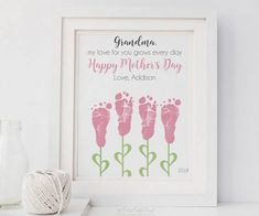 First Mother's Day Gift for Mom, Footprint Flower Art by PitterPatterPrint Grandmas Mothers Day Gifts, Diy Gifts For Mom, Mothers Day Crafts For Kids, Grandmother Gifts, Gifts For New Moms, Mother Day Gifts, Cute Mothers Day Ideas, Gifts For New Grandma, Grandmothers
