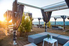 Direttamente da La Dolce Vita Beach - Ostuni le fantastiche oasi di #relax con pavimentazione Greenwood Venice ;)