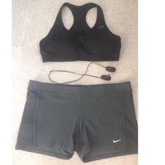Nike dri fit shorts Size large. Great used condition Nike Shorts
