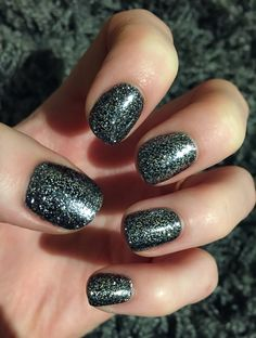 CND's Overtly Onyx Shellac with Lecente Gun Metal Grey Glitter