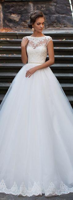Stunning Winter Wedding Dresses | Pinterest | Bridal collection ...