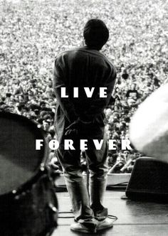 ○Live Forever○ Maybe I just want to fly I want to live I don't want to die Maybe I just want to breath Maybe I just don't believe Maybe you're the same as me We see things they'll never see You and I are gonna live forever