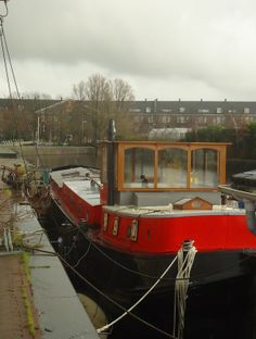 Houseboat, Amsterdam Harbour Photo courtesy of Daniel Pembrey