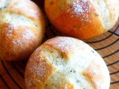 バジルとオリーブオイルのクロスパンの画像