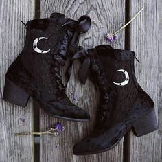 Witch Booties #halloween #booties #shoes #witch #boots #goth
