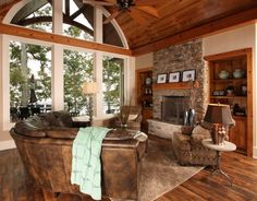 Lake House - traditional - family room - other metro - by Southern Studio Interior Design COUCH, CHAIR, lamp rug and wood Traditional Family Rooms, Traditional House, Studio Interior, Home Interior Design, Room Interior, Haus Am See, Craftsman Bungalows, Family Room Design, Cabin Homes
