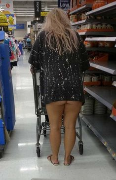 The 35 Funniest People Of Walmart Pictures of All Time - Page 4 of 5 - DrollFeed