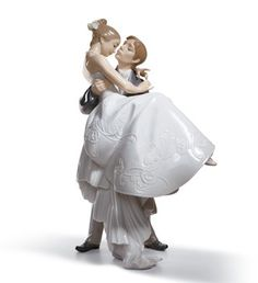 Love this! I wanted it to top our wedding cake but better to display at home... a little safer