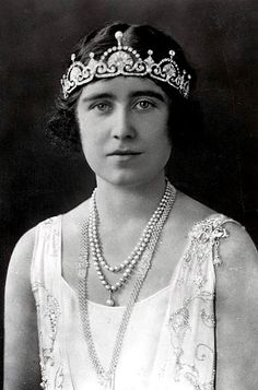 Queen Elizabeth, the Queen Mother, wearing the Papyrus/Lotus Flower Tiara
