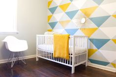 Accent Wall Ideas - An accent wall is needed within a boring room to give them some extraordinary touch. It can also break up a large room. Or, an accent wall can simply define a strong feature in the room. Nursery Decor, Wall Decor, Room Decor, Diy Wall, Teal Nursery, Wall Mural, Wall Art, Wall Paint Patterns, Inspiration Wand