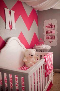 Baby girls bedroom idea. Super cute