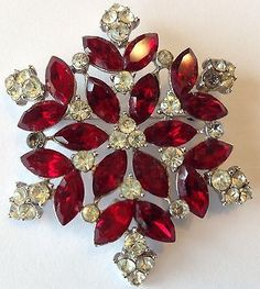 VINTAGE CROWN TRIFARI SIGNED RED AND CLEAR RHINESTONE BROOCH
