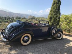 Learn more about One of Eight Brunn Victoria Convertibles: 1938 Lincoln Model K on Bring a Trailer, the home of the best vintage and classic cars online. Lincoln Models, Classic Cars Online, Fiat, Convertible, Antique Cars, Victoria, Vintage Cars, Victoria Falls
