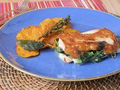 Receta | Pechugas rellenas de queso de cabra con nueces y espinacas - canalcocina.es