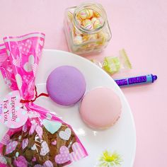 The #sweetest way to a #girl's heart? Must be yummy #candies! It's #WhiteDay today in #Korea and during this lovely day, guys give gifts to girls to express their #love! How are you celebrating this day with your loved one?  #LANEIGESG #Celebrates #ktrend #seoul #love #life