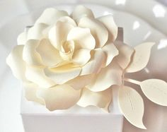 We love these gorgeous paper flowers and bouquets by Forever In Bloom by PAPERandPEONY on Easy    For more wedding inspiration check out our blog www.creativewedding.com.