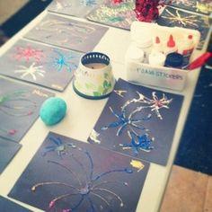 Independence Day crafts. Dark paper+chalk+glue+glitter=fireworks!