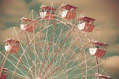 pink ferris wheel!