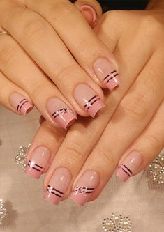 If you are recently searching for best nail designs and nail arts to create in 2019 then we must say you to check out our amazing pink nail designs and nail polish ideas. Ombre Nail Designs, Diy Nail Designs, Simple Nail Art Designs, Nail Polish Designs, Beautiful Nail Designs, Nail Art Hacks, Christmas Gel Nails, Really Cute Nails, Simple Acrylic Nails