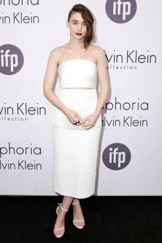 Celebrity Style - Rooney Mara - monstylepin #fashion #celebrity #style #celebrityfashion #allwhite #trend #rooneymara #calvinklein