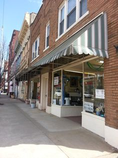 Second Street antique shops Portsmouth Ohio Portsmouth Ohio, County Seat, Ohio River, Band Photos, Antique Shops, Street, City, Genealogy, Places