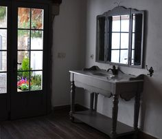Country, Bathroom, Bedroom Old Stone Houses, Kitchen Island, Mirror, Country, Bedroom, Furniture, Design, Home Decor, Homemade Home Decor