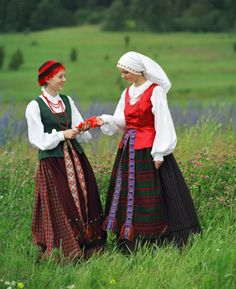 Lithuanian traditional clothes