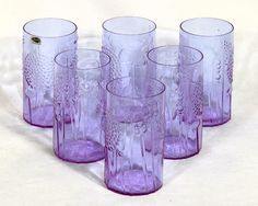 Iittala Oiva Toikka Vintage Flora Glasses Neodymium. Have those but in a reproduced serie.