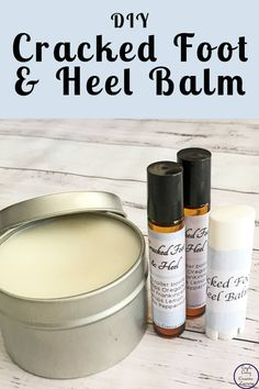 Foot & Heel Balm This DIY Cracked Foot & Heel Balm is a great way to moisturise and help heal the cracks that can appear on our feet.This DIY Cracked Foot & Heel Balm is a great way to moisturise and help heal the cracks that can appear on our feet. Homemade Skin Care, Homemade Beauty Products, Diy Skin Care, Homemade Body Lotion, Homemade Scrub, Lush Products, Natural Products, Cracked Heel Balm, Cracked Feet