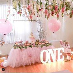 Inspiring Princess Birthday Party Ideas for 4 year-olds Fairy Birthday Party, Girl First Birthday, Princess Birthday, Princess Party, First Birthday Parties, Birthday Party Themes, First Birthdays, Birthday Ideas, Girl Parties