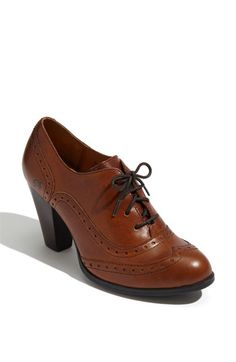 Børn 'Waverly' Bootie. Stacked heel with a wing-tip oxford bootie design. Comfortable and adorable!