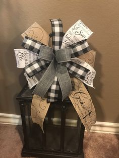 Home Decor Baskets, Basket Decoration, Homemade Bows, Burlap Bows, Christmas Ribbon, John 3, Winter Theme, Amazing Grace, Craft Projects